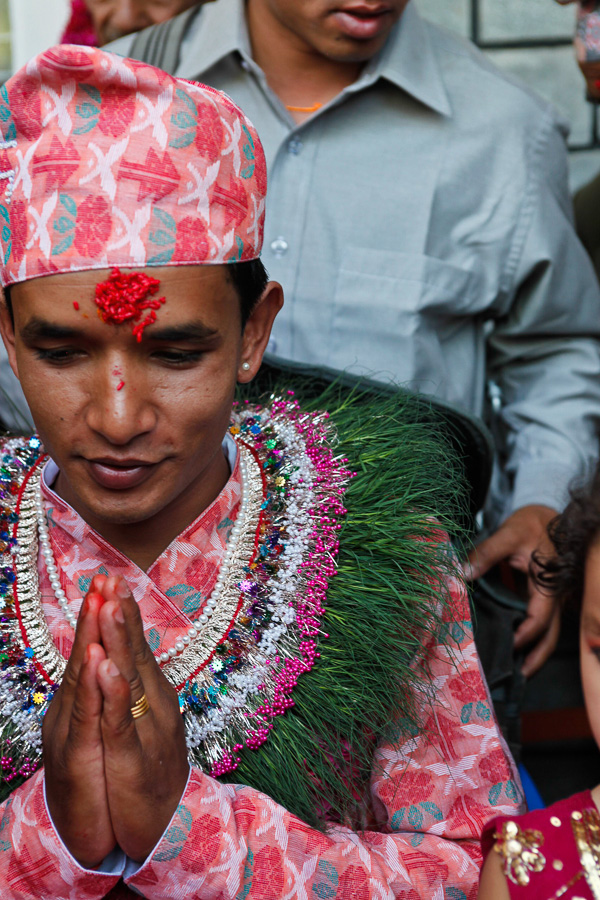 hindu groom prayer