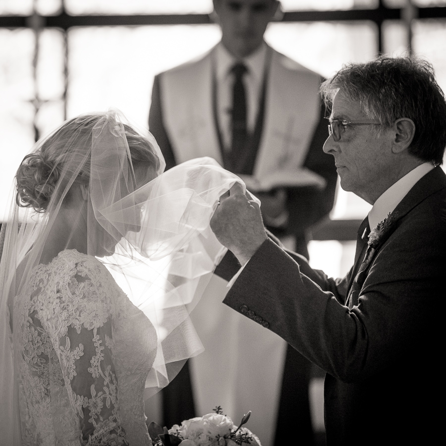 bride veil father