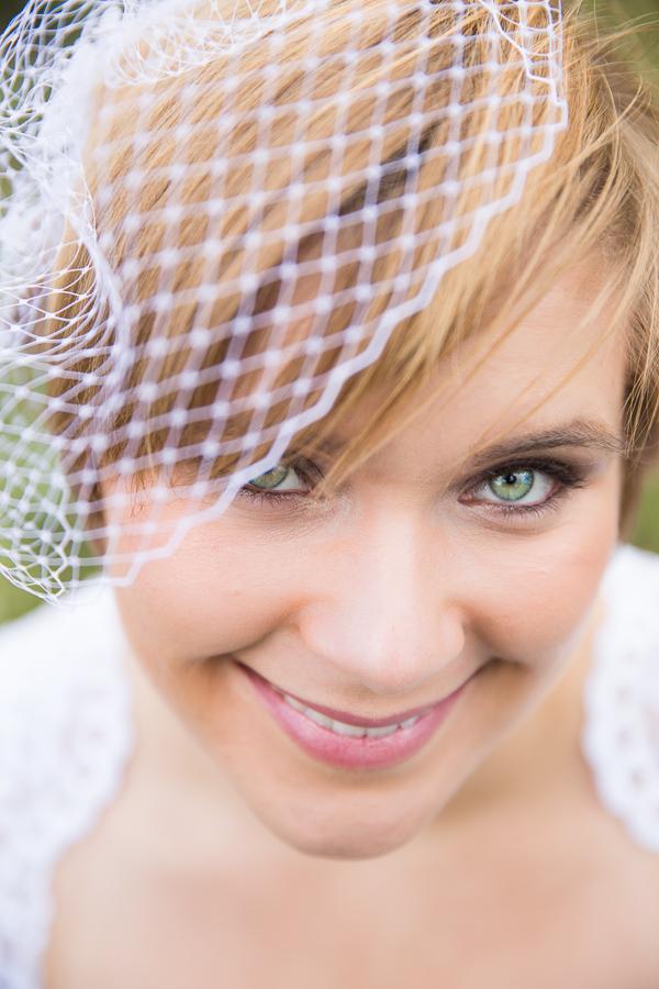 Birdcage veil bride