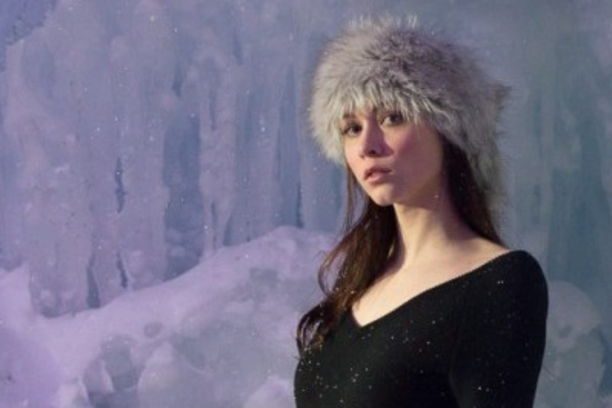 Breckenridge Ice Castles Model Shoot